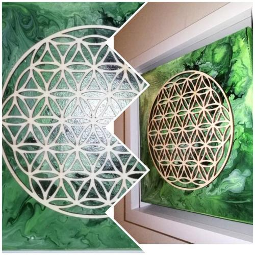 The sacred geometry of life (green)