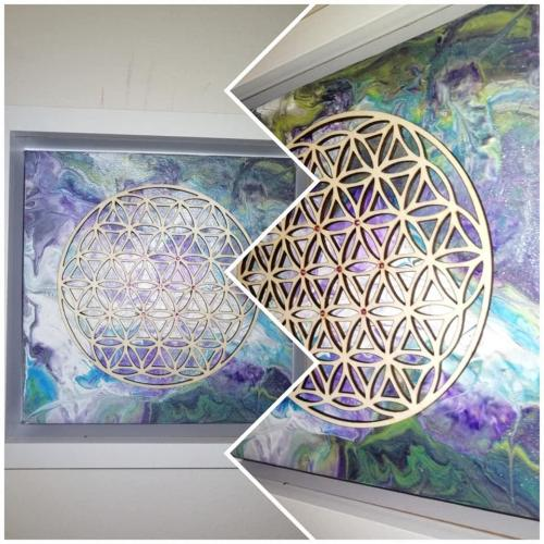 The sacred geometry of life (purple)